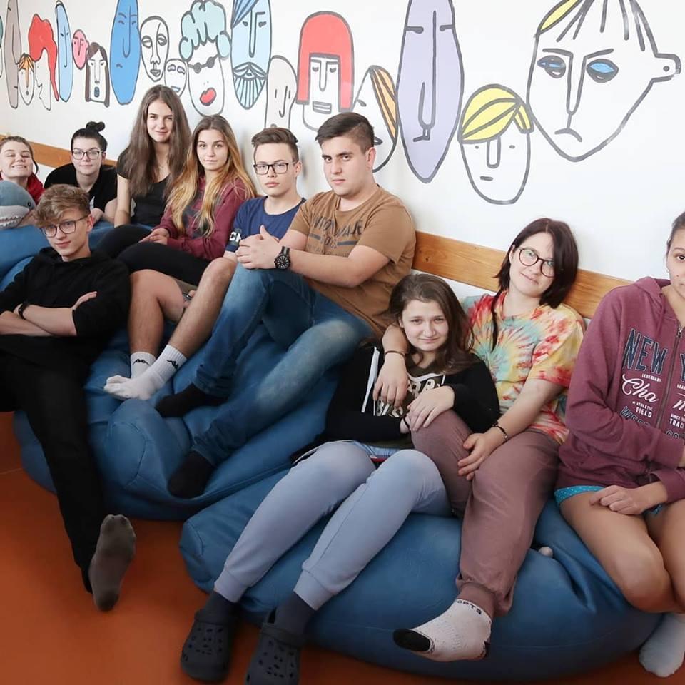 Domov mládeže